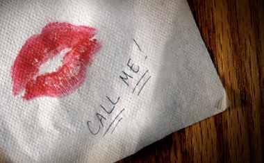 beso en la servilleta