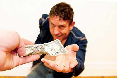 dar dinero