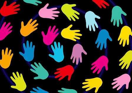 muchas manos
